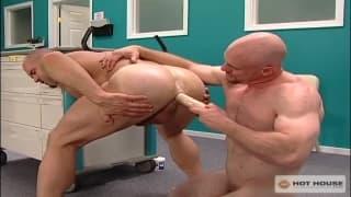 Craig Reynolds and Hogan Wade play together