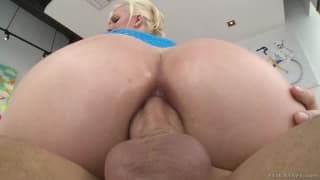 Jenna Ivory Takes a buttery dicking.
