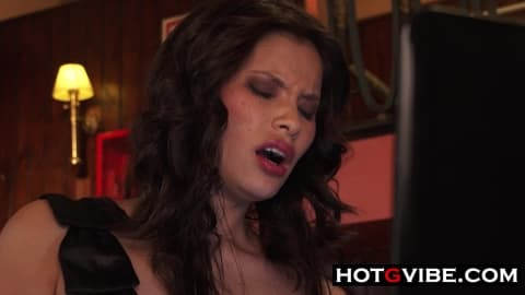 Oriental Spanish Babe Cafe Gspot Squirt