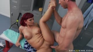 Chunky Carrie Ann gets anal at the club