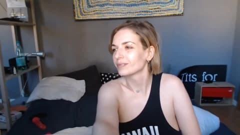 Pretty Russian Babe Sucking Her Partner