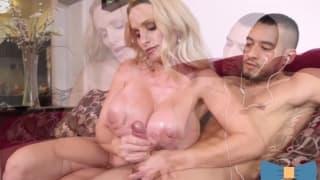 Eros Handjob mature boy big tits watching